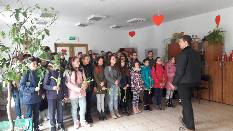 Program artistic la Centrului de Îngrijire și Asistență Pecica