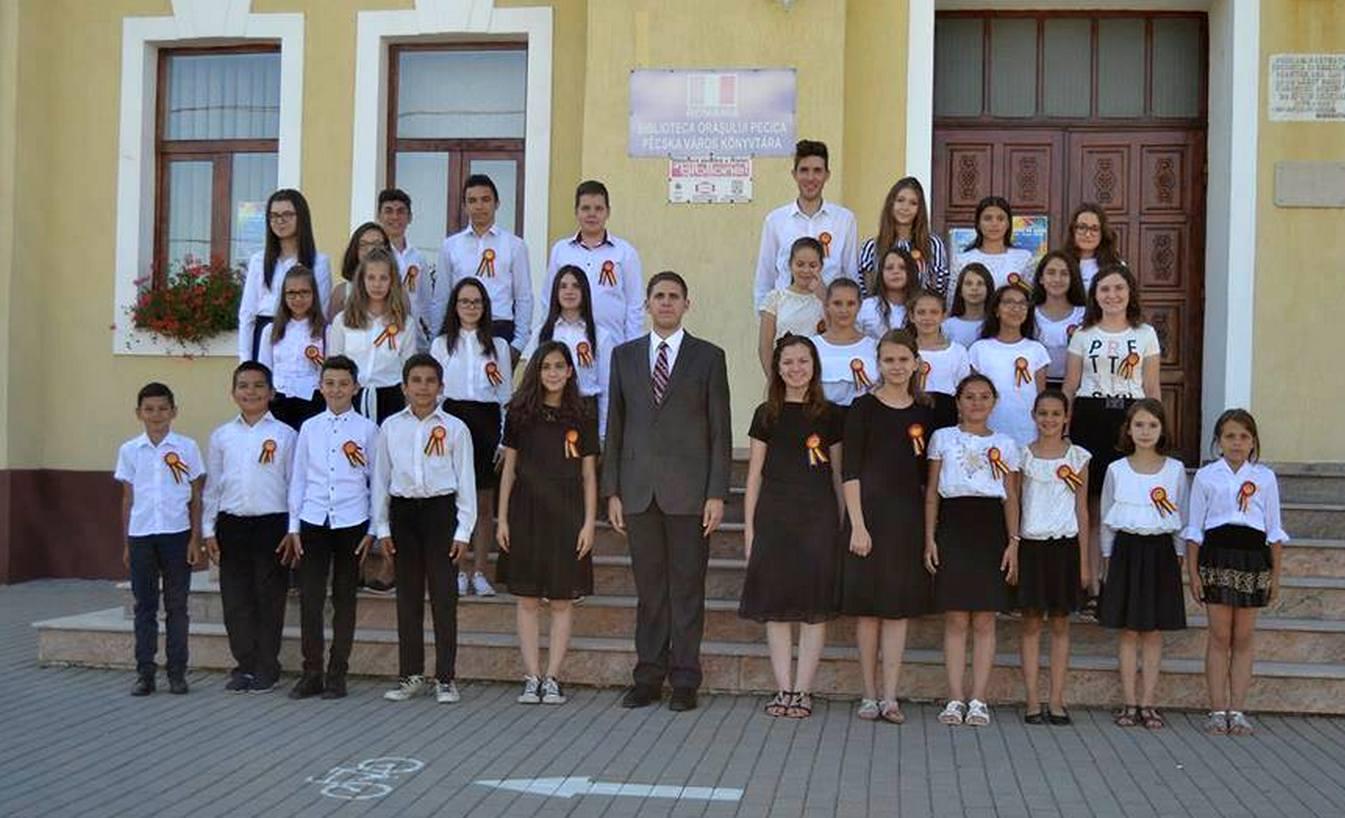 Corul pecican cântă la Iași