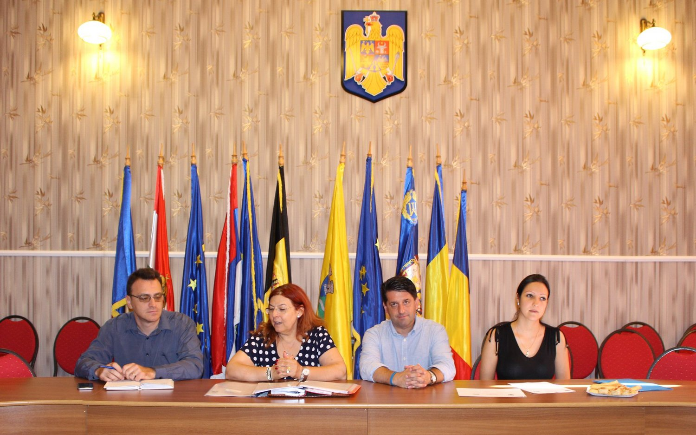 Discuţie cu privire la extinderea serviciilor socio-comunitare integrate de la nivel local