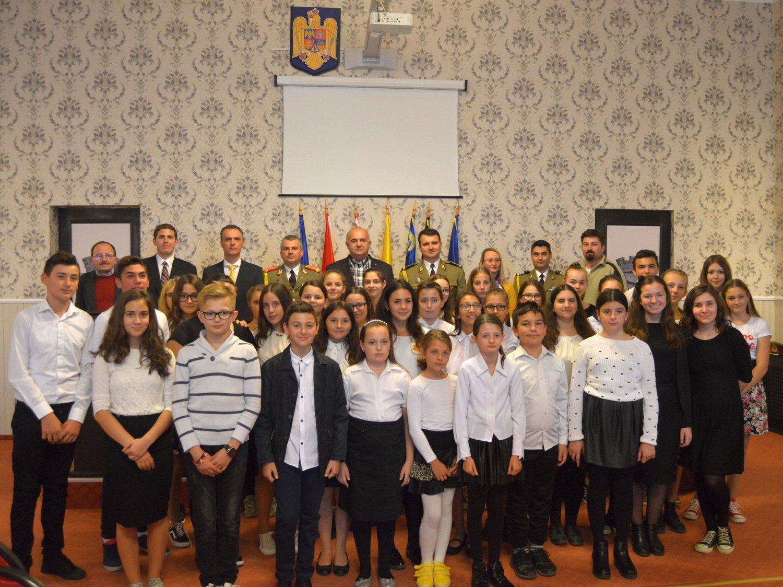 Ziua Armatei, cu cântece şi prezentări (GALERIE FOTO)