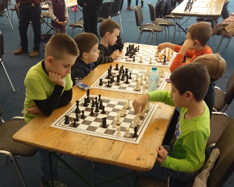 Rezultate bune pe tabla de şah, la final de an (GALERIE FOTO)