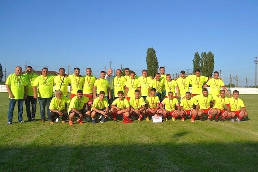 După câştigarea Cupei României pe judeţ, Progresul Pecica joacă mâine pentru promovarea în Liga 3