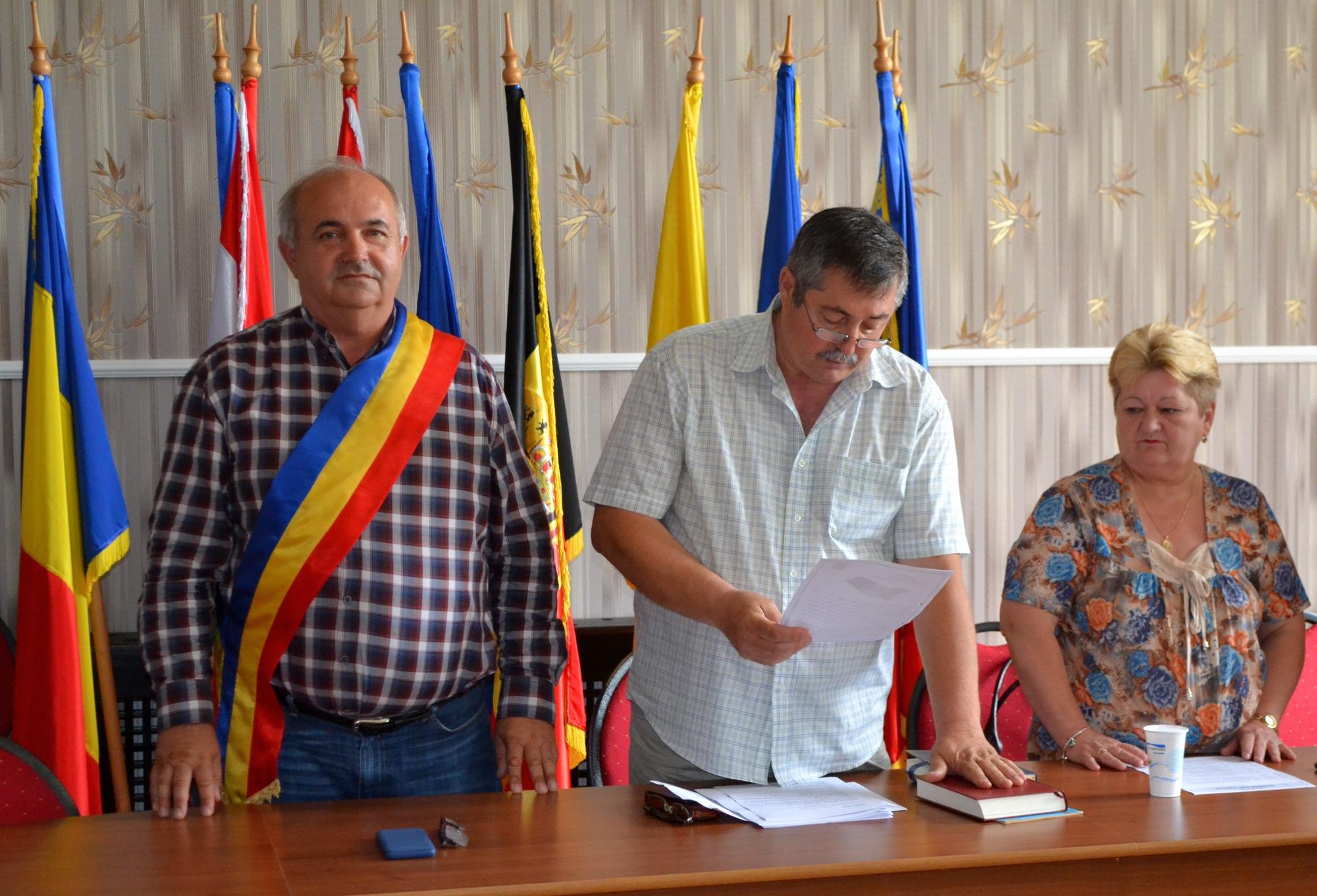 Ovidiu Cardoş este noul consilier local PNL