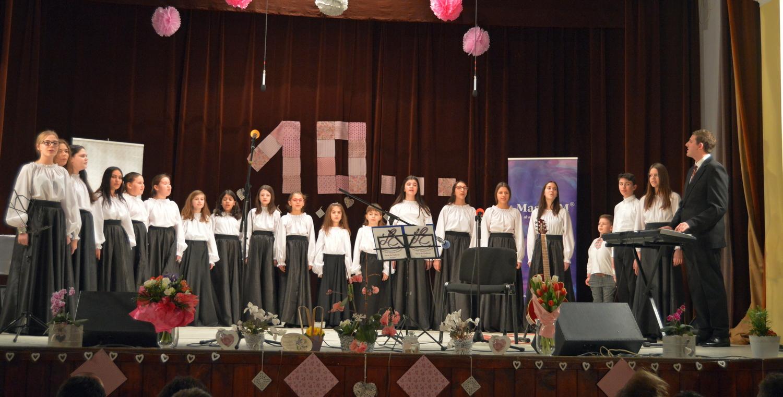 """Concursul Naţional de Interpretare Vocală """"Floare De Colţ"""""""