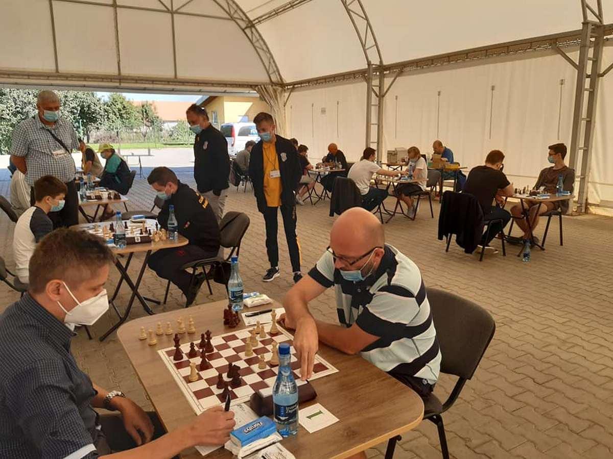 Campionatul Național de șah clasic pe echipe – Divizia A se joacă la Pecica