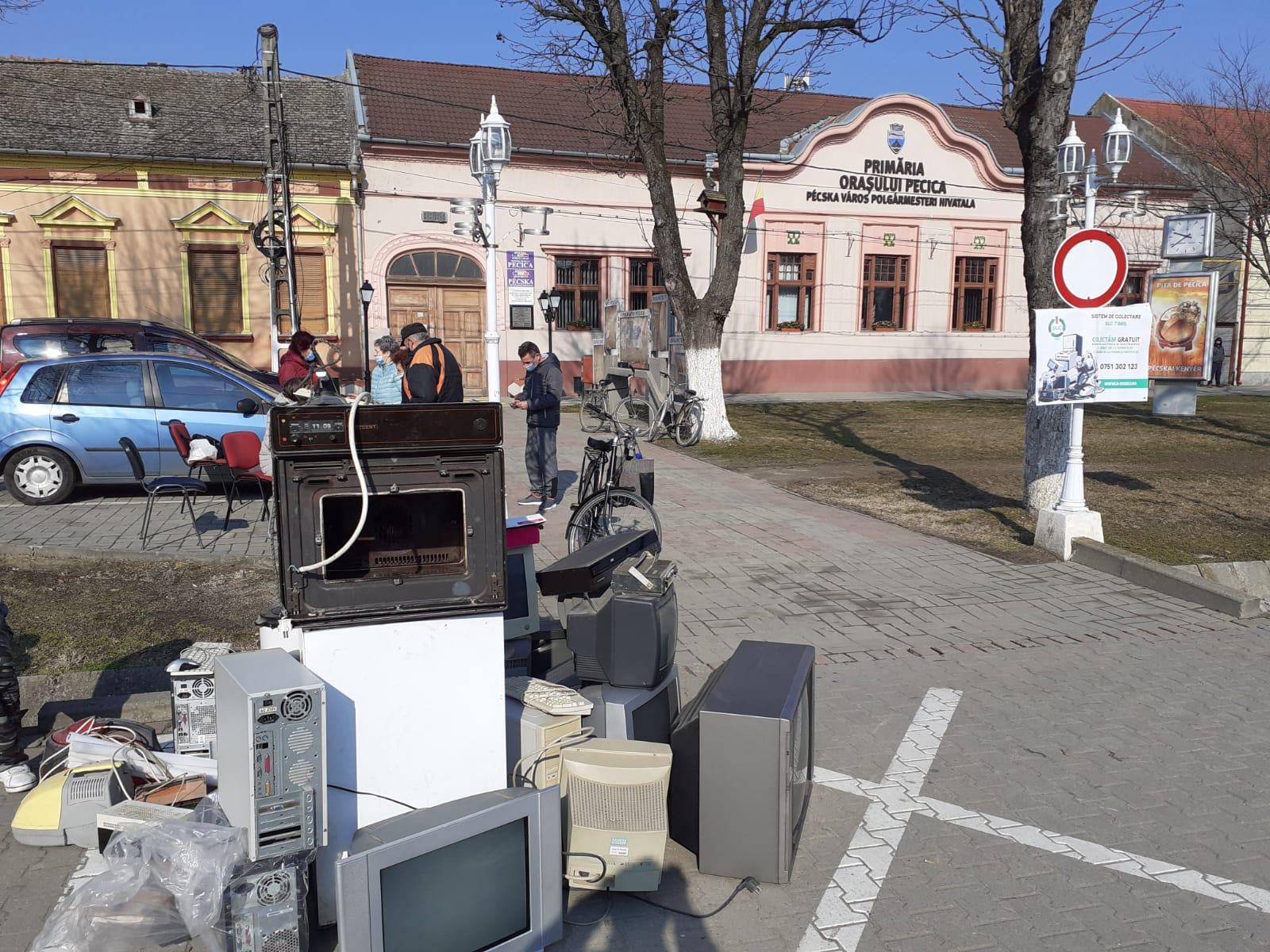Şapte tone de electrocasnice vechi, colectate în oraş