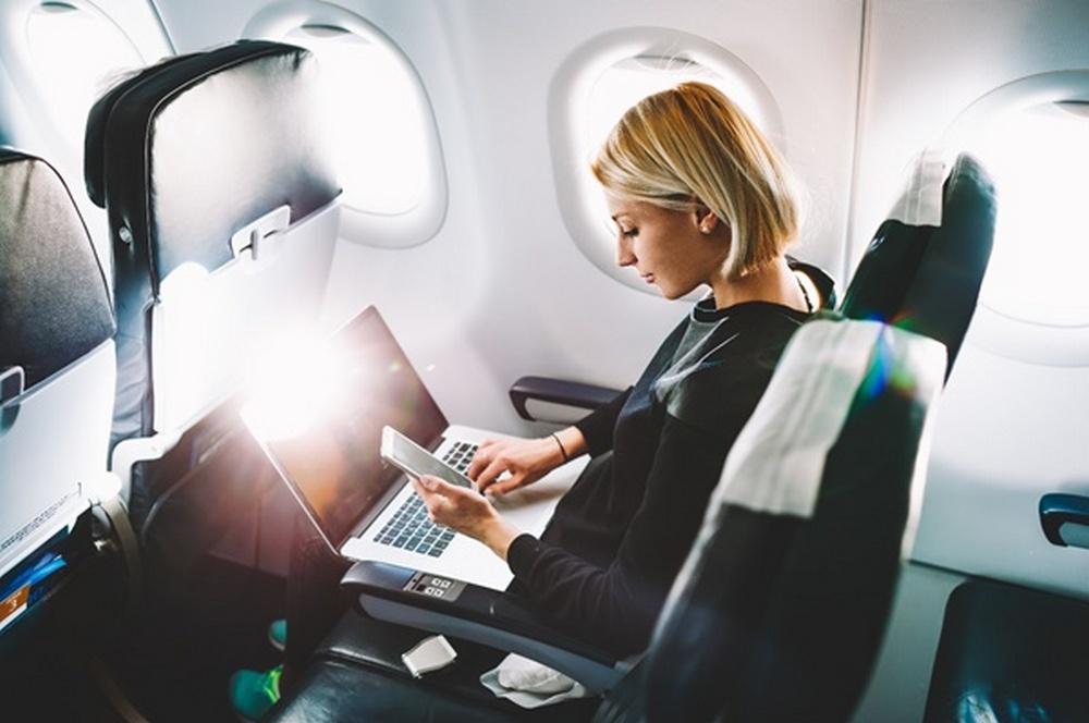 Activități pe care puteți să le practicați pe un zbor lung sau foarte lung