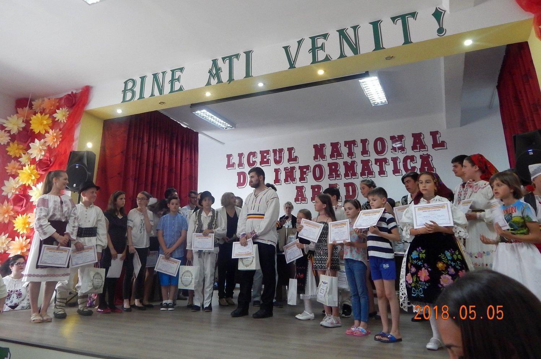 Premii pentru elevii de la Şcoala Gimnazială nr. 2 (GALERIE FOTO)