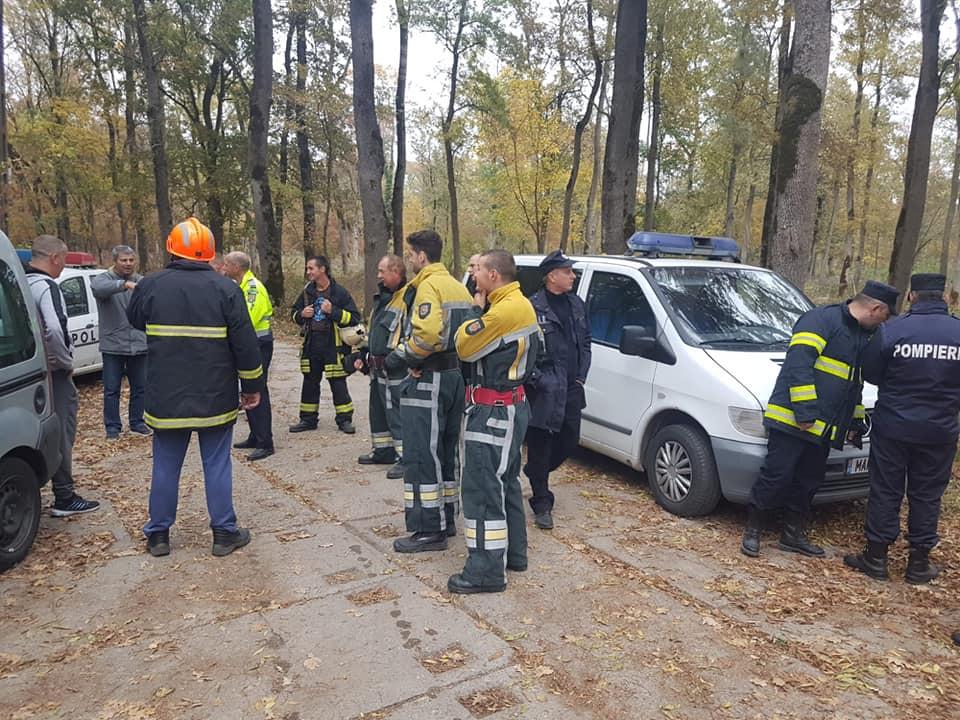 Solicitări multiple pentru pompierii pecicani (GALERIE FOTO)