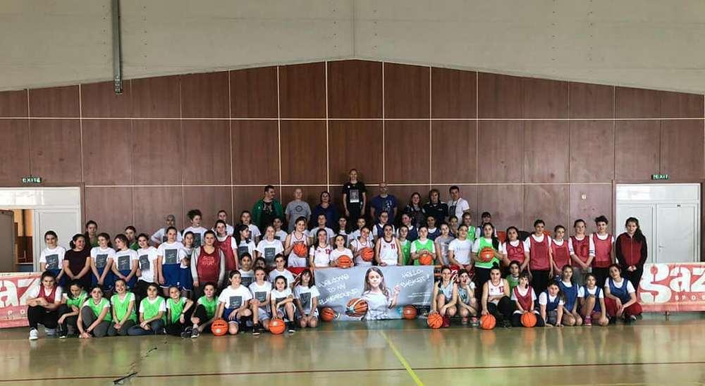 """Eleve pecicance în programul naţional """"Hello, basket!"""""""