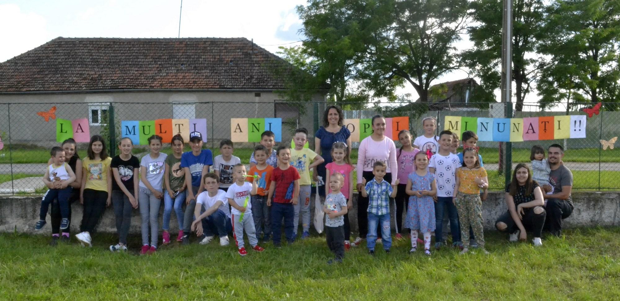 Ziua Copilului, sărbătorită la Sederhat (GALERIE FOTO)