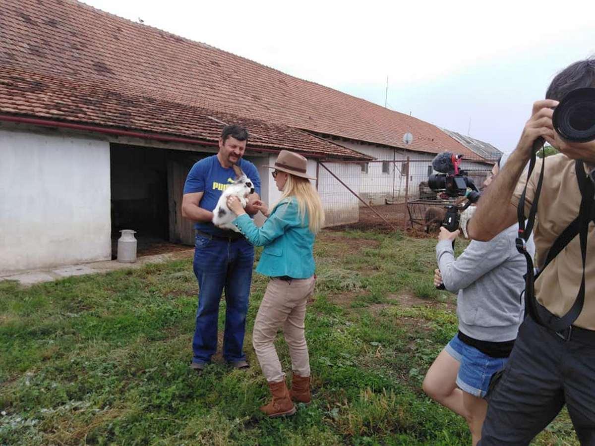Povestea unei ferme de familie din Pecica, la Agro TV