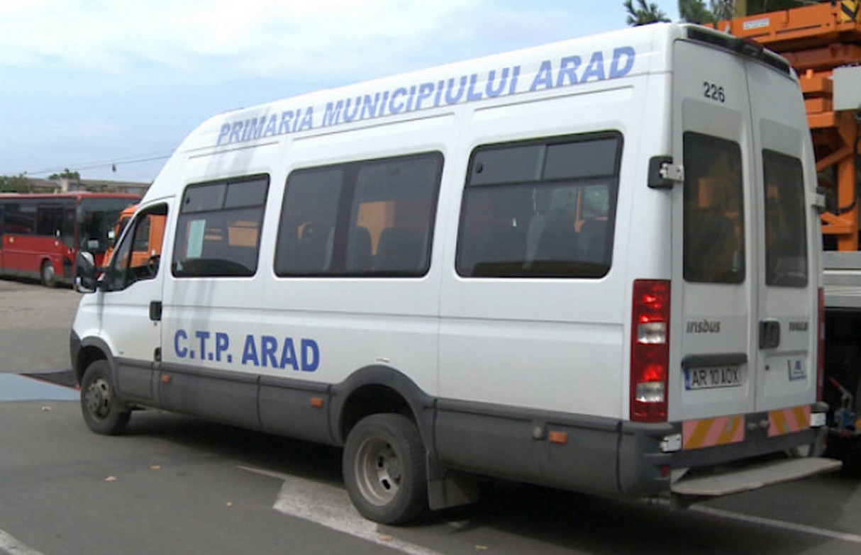 Transportul public local și cel școlar a fost reluat